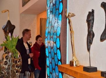 Galeria ENEOS & blond Rostock-Elmenhorst